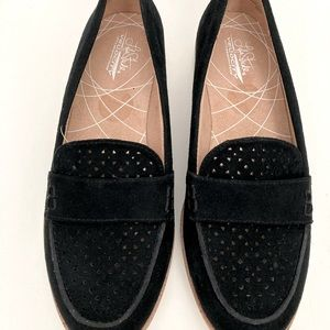 LIFESTRIDE VELOCITY MEMORY FOAM BLACK LOAFERS: S 6
